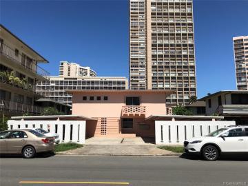 538 Kamoku St Honolulu HI Multi-family home. Photo 1 of 1