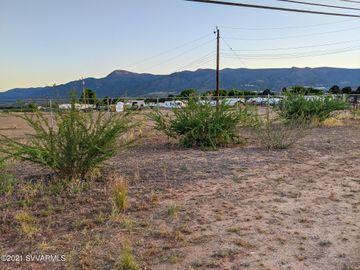 549 Howards Rd, Under 5 Acres, AZ