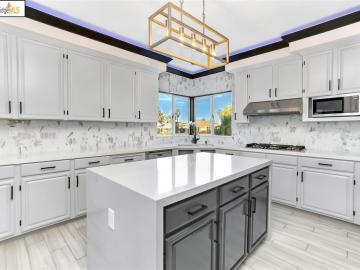 5779 Woodland Ct, Discovery Bay Country Club, CA