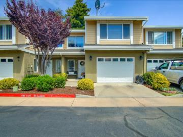 6 Orange Blossom Way, Watsonville, CA