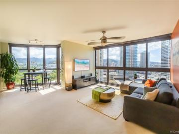 600 Queen St unit #1801, Kakaako, HI