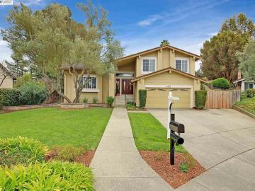 608 Bali Ct, Country View, CA