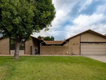 7058 Bridgeport Cir, Lincoln Vil West, CA