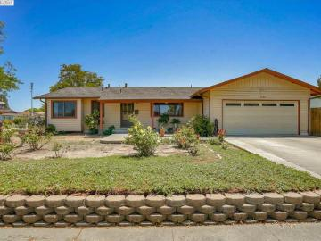7622 Inverness Dr, Newark, CA