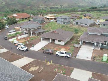 84-51 Maiola Pl Waianae HI Home. Photo 3 of 10