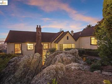 844 Spruce St, Indian Rock Area, CA
