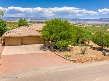 890 E Las Conchas Dr, Under 5 Acres, AZ