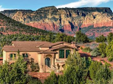 92 W Mallard Dr, Mystic Hills 1-4, AZ
